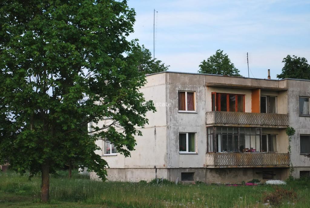 Трехкомнатная квартира в поселке Палонай